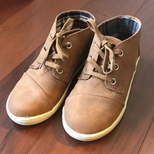Toms Youth Sz 13 Brown Faux Leather Boots
